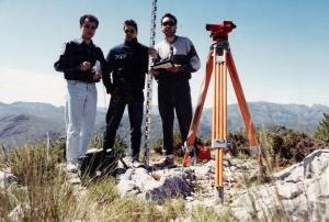 1990-04-21_topografía en el pico
